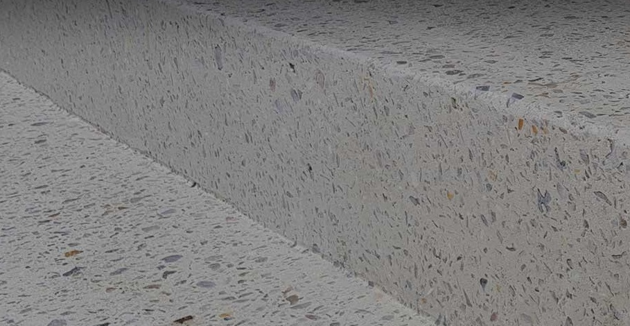 Polished aggregate step