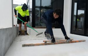 Flattening concrete